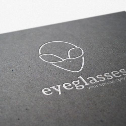 Logo Brille Optiker Alien Medizin Fertiges Logo kaufen Cooles Logo kaufen Ausserordentliches Logo LogoShop LogoAtelier
