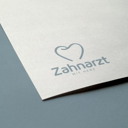 LogoAtelier Zahnarzt mit Herz